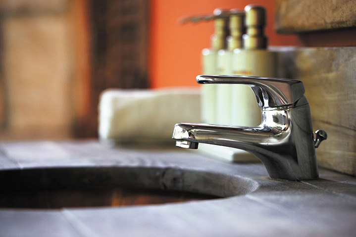 A2B Plumbers are able to fix any leaking taps you may have in Wimbledon.
